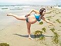 A pregnant woman (3794589898).jpg