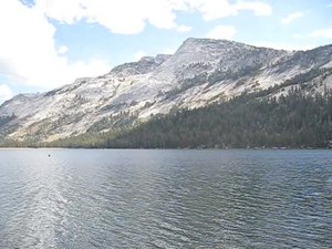 File:A view of Tenaya Lake 4458.ogv