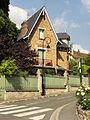 Ableiges (95), rue Jean-Perrin (RD 92) 2.jpg