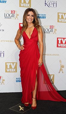 Description de l'image Ada Nicodemou arrives at the 2016 TV Week Logie Awards (26871490636).jpg.