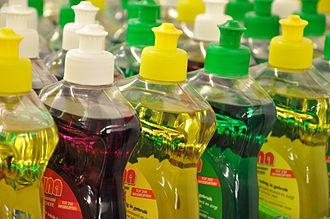 Dishwashing liquid - Plastic bottles of dishwashing liquid