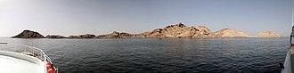 Khuriya Muriya Islands - Al-Qibliyah