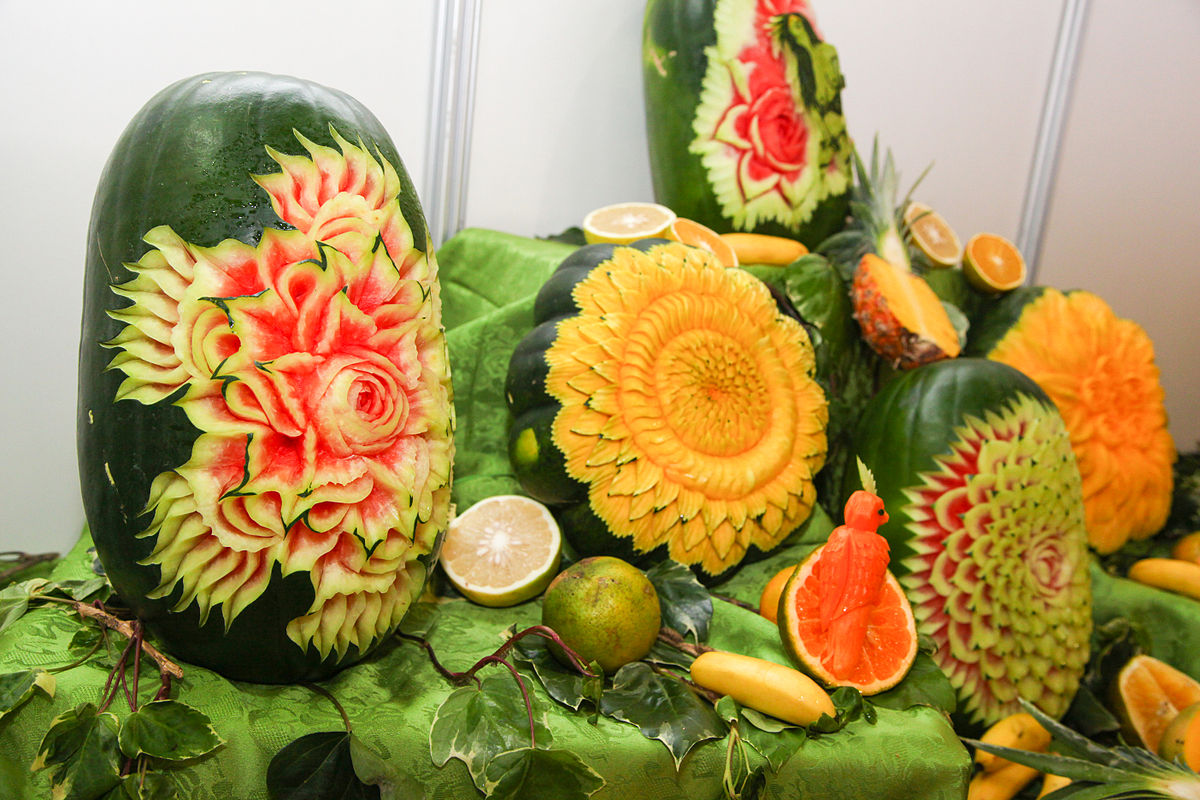 Fruit carving wikipedia
