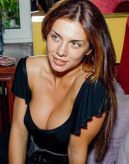 Анна Седокова в нижнем сексуальном белье на красивых эро фотках