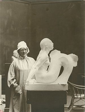 Mermaid (Carl-Nielsen) - Anne Marie Carl-Nielsen with the plaster model