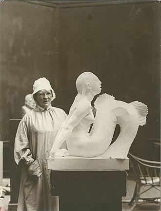 Mermaid (Carl-Nielsen) - Anne Marie Carl-Nielsen with the plaster model