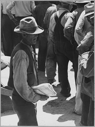 California State Relief Administration - Close-up of relief queue on S.R.A. pay day, Arvin, CA, 1940