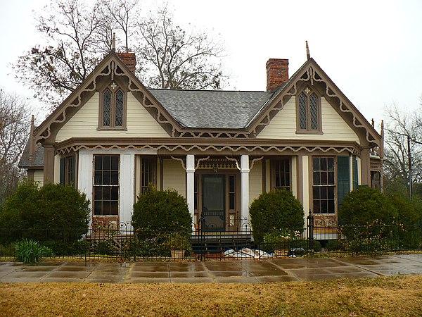 Carpenter gothic houses for Carpenter style homes