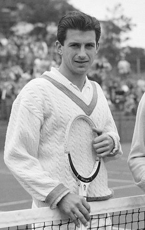 Ashley Cooper (tennis) - Ashley Cooper in 1958