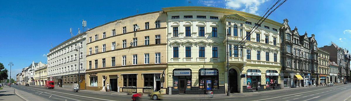 Polski: Północna pierzeja ul. Ferdynanda Focha