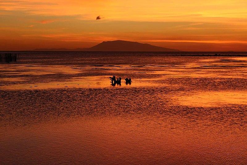 Beaches in Batangas, Calatagan Beach