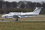 Beechcraft B200 Super King Air, Private JP6199868.jpg