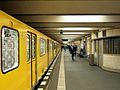 Berlin - U-Bahnhof Theodor-Heuss-Platz (15208075875).jpg