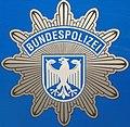 Blauer Polizeistern der BUPOL.JPG