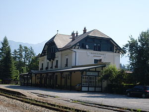 Bled Jezero-train station.jpg