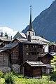 Blockbauten und Kirche in Blatten bei Naters VS.jpg