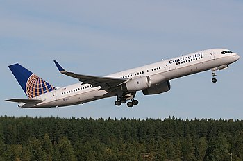 Boeing 757-224, Continental Airlines AN1281351.jpg