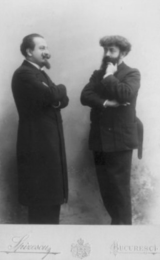 Joséphin Péladan - Photograph of Péladan (right) and the Romanian writer Alexandru Bogdan-Piteşti, during a visit to Bucharest