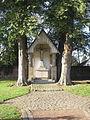 Boke-Kreuzkapelle auf dem Friedhof.jpg
