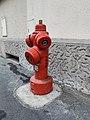 Borne incendie de type pilier - Cours Lafayette (Lyon).jpg