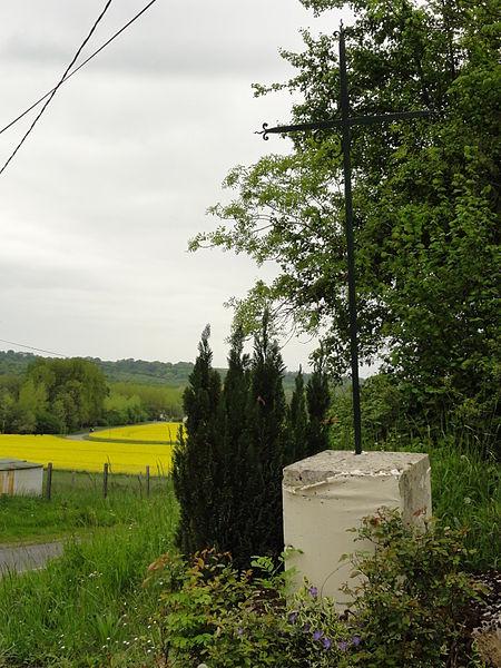 Bouconville-Vauclair (Aisne) croix de chemin à l'ouest du bourg