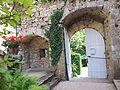Burghügel Les Clées, Eingangstor.jpg