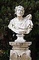 Busto Jardines de las Delicias Sevilla (2).jpg