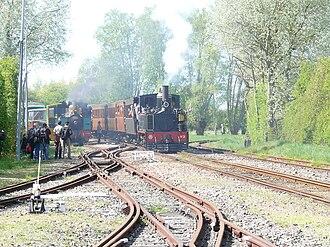 Gare de Noyelles - Approaching Noyelles, note the four-rail dual gauge track.
