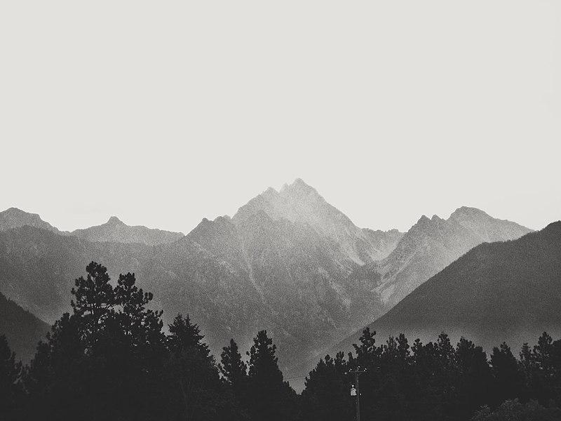 File:Canadian Rockies (20354570068).jpg