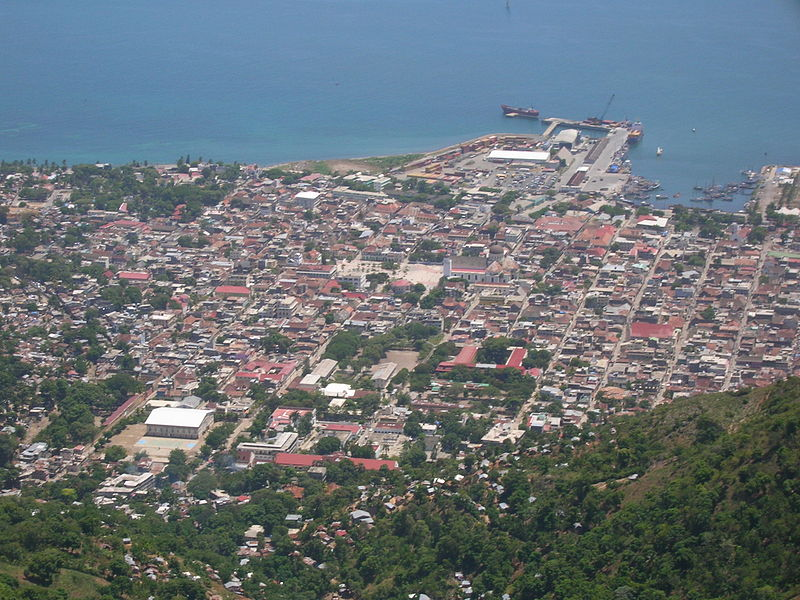 Dosya:Cap-Haitien city centre from above.jpg
