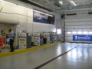 Car dealership - Service and repair entrance