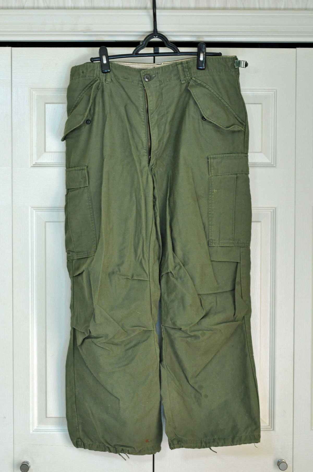 269b88eff447 Cargo pants - Wikipedia