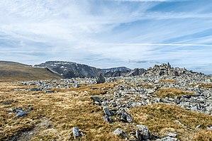 Carnedd Gwenllian - Rocky summit of Carnedd Gwenllian looking South-southwest across the Carneddau