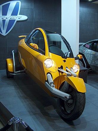 Tilting three-wheeler - Vandenbrink Carver (1F1T)