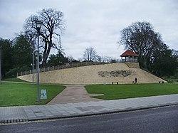 Castle Hill, Bedford - geograph.org.uk - 646086.jpg