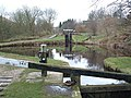 Cellars Lock No 34E, Huddersfield Canal - geograph.org.uk - 91250.jpg