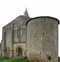 Château-Larcher église.jpg