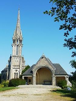 Châteauneuf-du-Faou 3 Chapelle de Notre-Dame-des-Portes 1.jpg