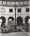 Charles Marville, Halles aux Blés, 1878.jpg