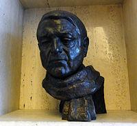 Colin St John Wilson bust.jpg