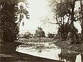 Collectie NMvWereldculturen, TM-60003411, Foto- De vijver in 's Lands Plantentuin bij het paleis van de Gouverneur-Generaal te Buitenzorg, 1870-1900.jpg