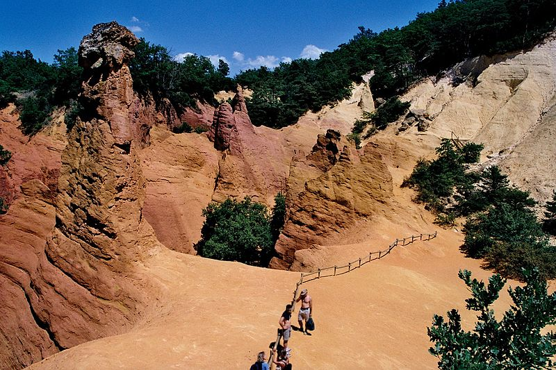 Fichier:Colorado-provencal-ocres.jpg