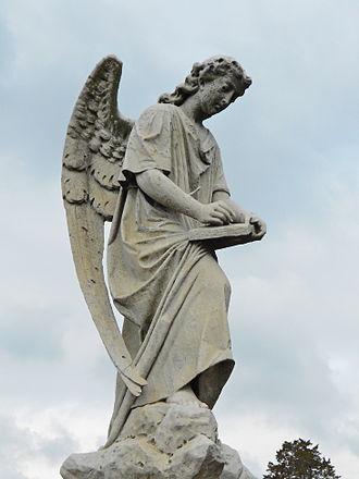 Peter Pitchlynn - Sculpture marking Pitchlynn's grave