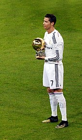 2d54e803f62 Ronaldo presenting his third Ballon d Or to fans at the Santiago Bernabéu  in January 2015