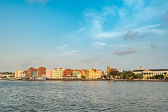 Willemstad - Image: Curacao Willemstad (36699795245)