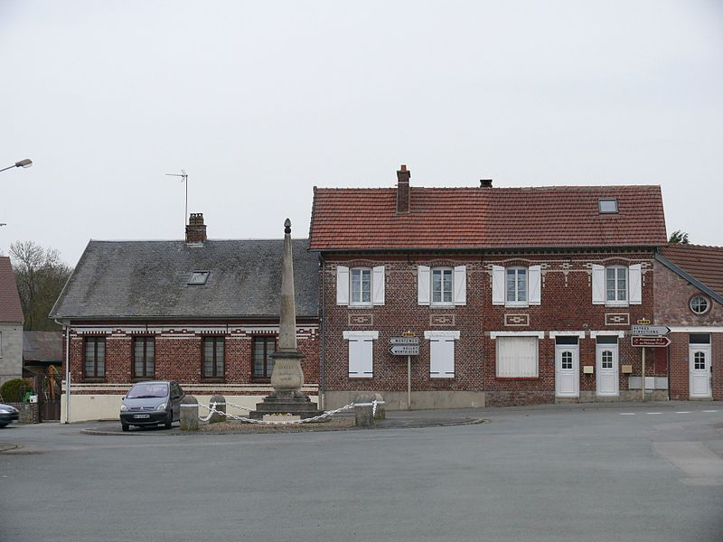 The village of Cuvilly (Oise, Picardie, France).