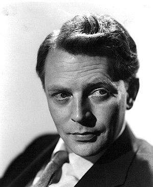 Dan O'Herlihy - Image: Dan O'Herlihy 1955