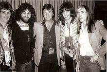 Dick Clark with Les Variations, Hollywood, 1974.jpg
