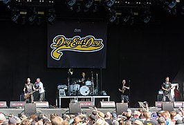 Dog eat Dog – Reload Festival 2016 02.jpg