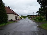 Drachkov (BN), zastávka bytovky.jpg